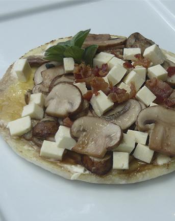 Arepa con championes 3 quesos setas